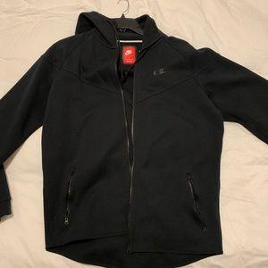 Nike tech fleece black x large